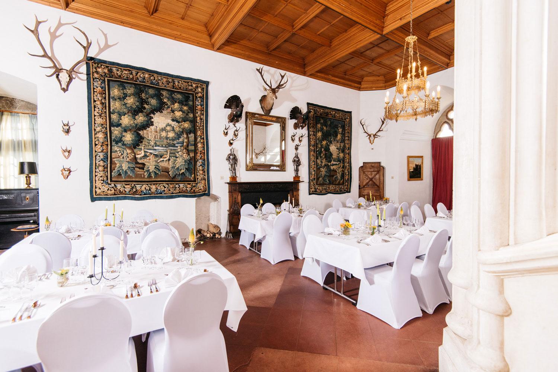 Salle du grand salon du Château de Grandson