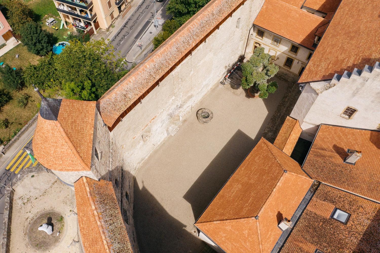 Cour intérieur du Château de Grandson